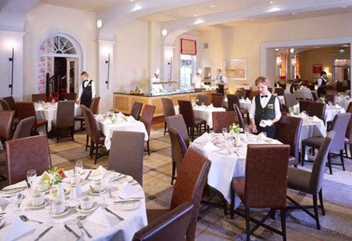 Metropole Classic Hotel Gastronomía