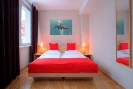 MEININGER Hotel Hamburg City Center - GUEST ROOM