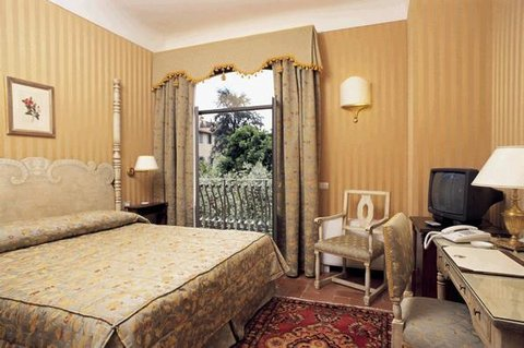 Hotel Monna Lisa -Florence City Centre - Guest Room