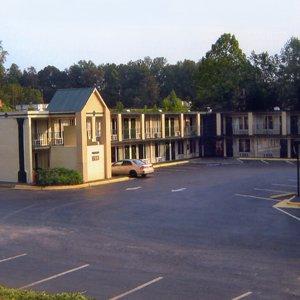 Plaza Inn - Morganton, NC