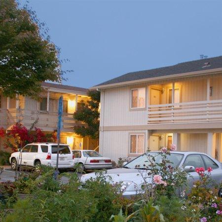 Monterey Fireside Lodge - Monterey, CA