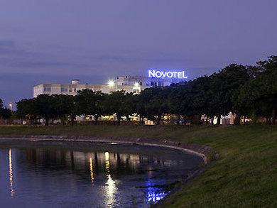 Novotel Bordeaux le Lac - V