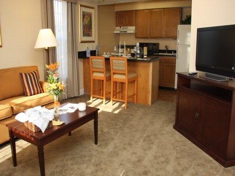 Chase Suite Hotel - Brea, CA