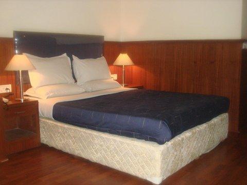 Hotel Empire International - Guest Room