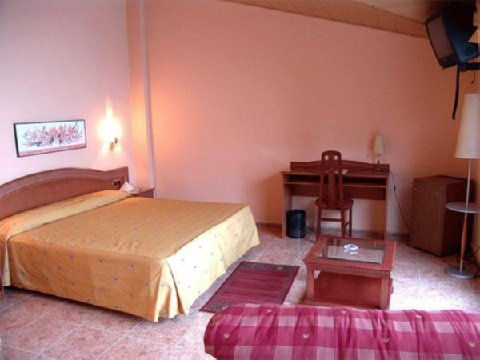 Hotel Cervol - Guest Room