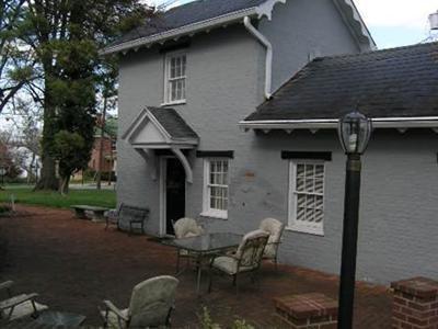 Carriage Inn - Charles Town, WV