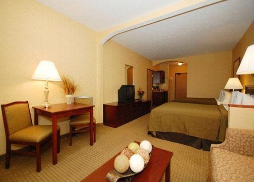 Quality Inn Valley Suites Spokane