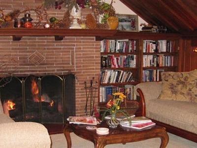 Iron Horse Inn - Interior