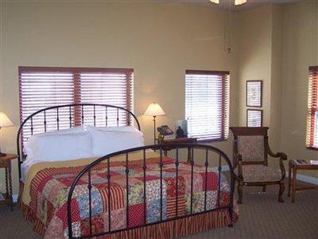 Etta's Place A Sundance Inn - Fort Worth, TX