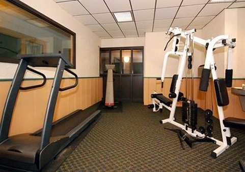 Quality Inn & Suites Fitness Club