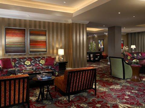 Monaco Baltimore A Kimpton Hotel - Luxurious Living Room