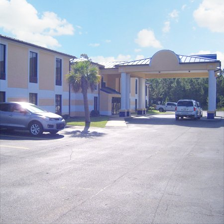 Deluxe Inn And Suites Moss Point - Moss Point, MS