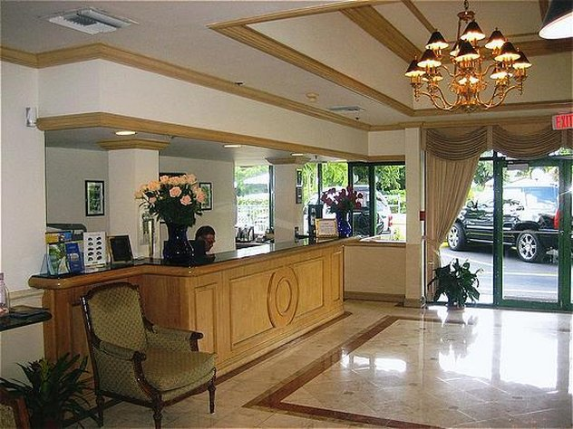 Hotel Chateaubleau Coral Gables Review
