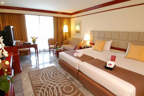 The Imperial Queens Park Hotel - Guest Room