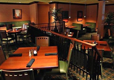 Restaurants Near Clarion Hotel Syracuse