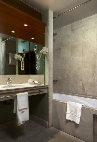 Hotel Montecarlo - Bathroom
