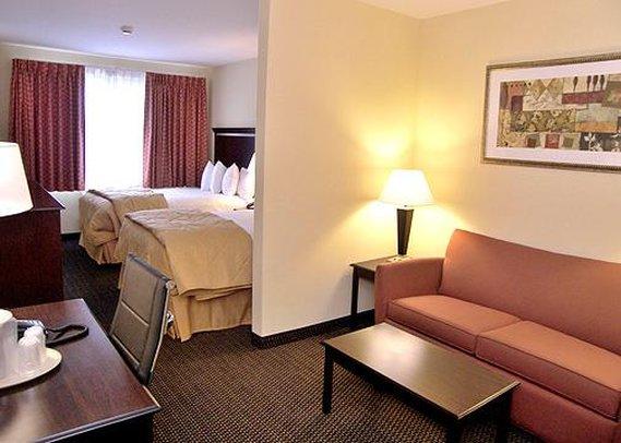 Comfort Inn & Suites - Ozone Park, NY