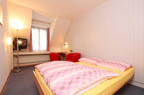 Metropole Swiss Quality Hotel - Standard double room