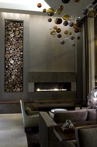 Hotel Felix Chicago - Fireplace