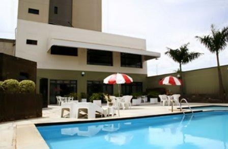 Bristol Exceler Plaza Hotel - Interior