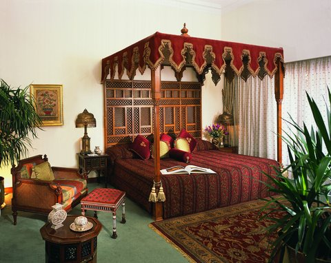 Mena House Oberoi Hotel - Presidential Suite  Bed room