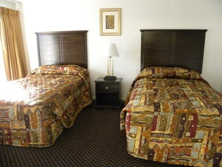 Country Hearth Inn - Delmar, MD