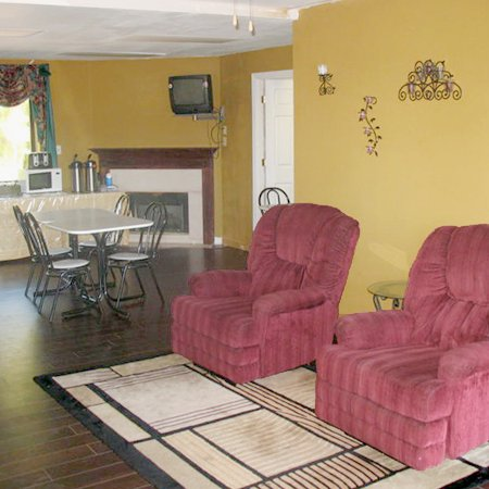 Mcminnville Inn Tn Hotels Gds Reservation Codes Travel Weekly