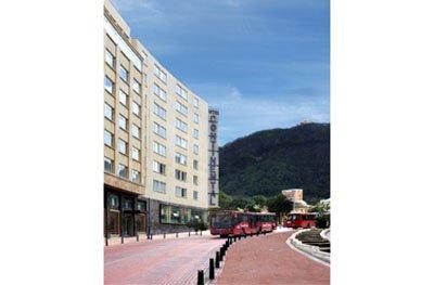 Hotel Continental All Suites - Fachada