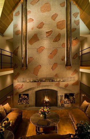 Hotel Lenado - Lenado Fireplace