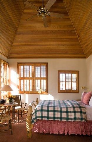 Hotel Lenado - Queen Bedroom