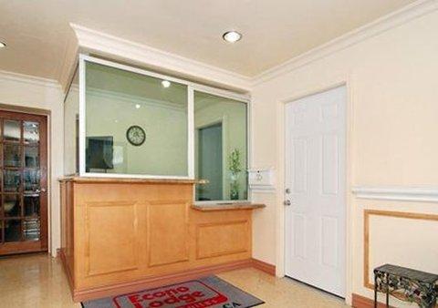 Econo Lodge Inn & Suites - Lobby -OpenTravel Alliance - Lobby View-
