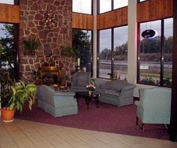 Quality Inn & Conference Centre - Lobby