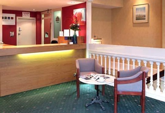 Comfort Inn Birmingham Lobby