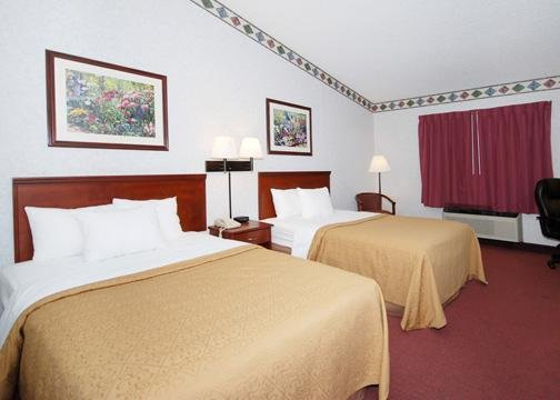 Quality Inn & Suites - Bloomington, IL