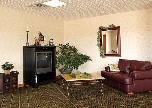 Rodeway Inn Wheat Lands Hotel - Garden City, KS