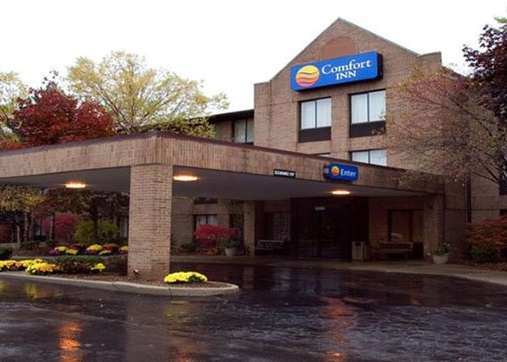 Comfort Inn Livonia
