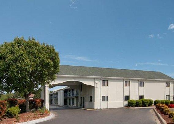 Econolodge & Suites Matthews - Matthews, NC