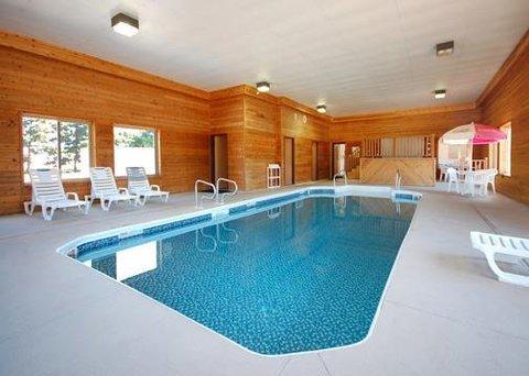 Rodeway Inn - Pool