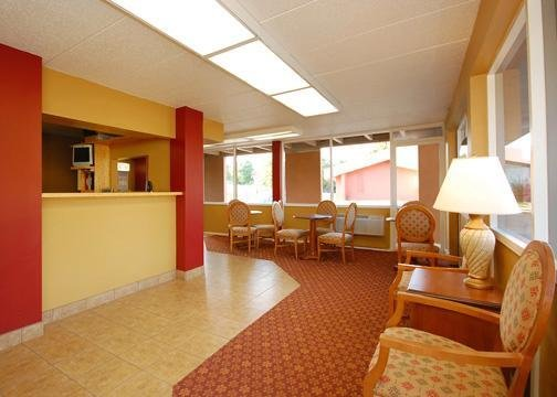 Rodeway Inn - Bellevue, NE