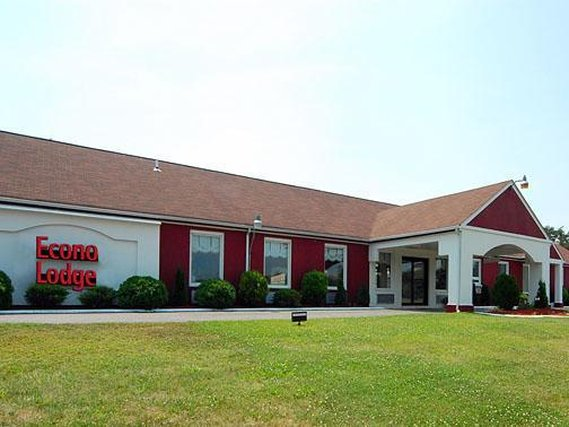 Econo Lodge Marmora Exterior view