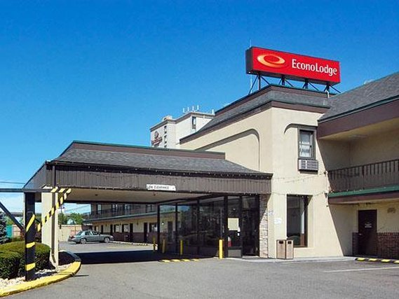 Econo Lodge Newark International Airport