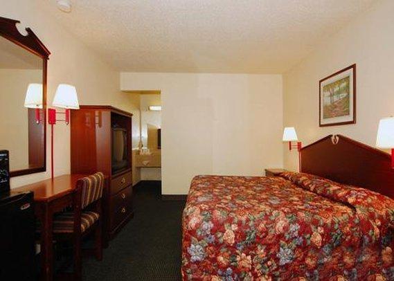 Quality Inn Charleston Gateway - Charleston, SC