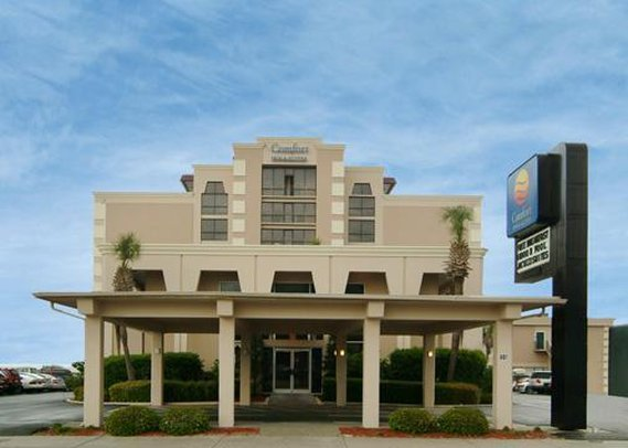 Comfort Inn &amp; Suites Beach Front Central