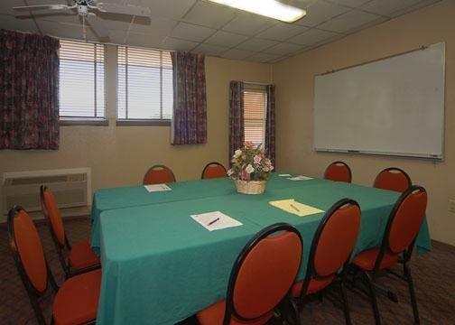 Rodeway Inn - Lewisville, TX