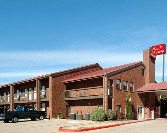 Econo Lodge - Wichita Falls, TX