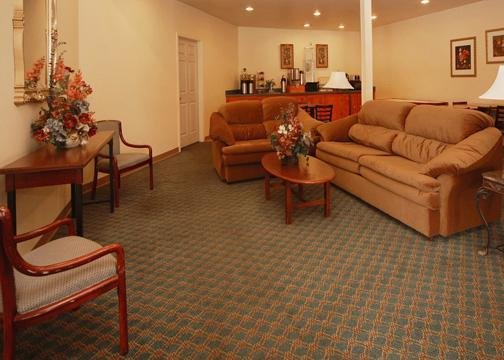 Rodeway Inn - Martinsburg, WV