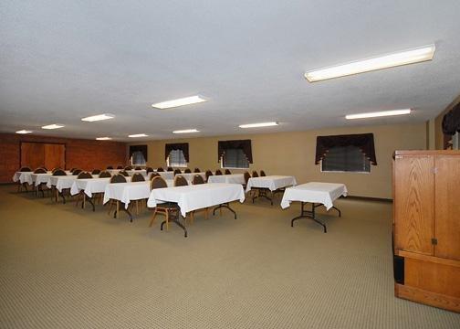 Baymont Inn & Suites Summersville - Summersville, WV