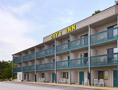 Days Inn - Waynesville, NC