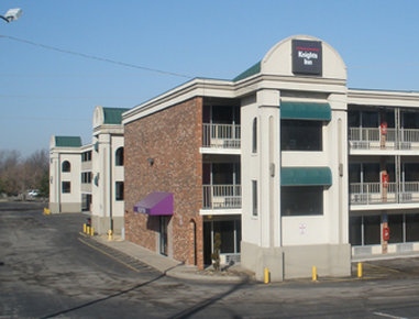 Knights Inn-Lenexa