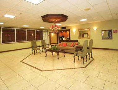 Ramada Biltmore West Hotel - Lobby